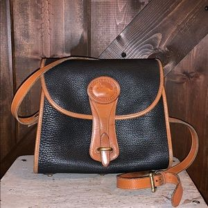 Dooney and Bourke R25 small Essex Purse